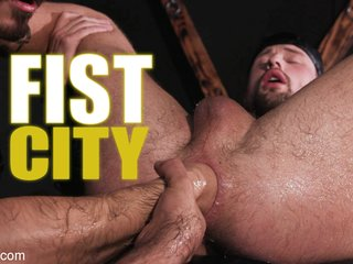 Fist City: Dominic Pacifico And Cazden Hunter Stuff Drew Dixon Raw - KinkMen